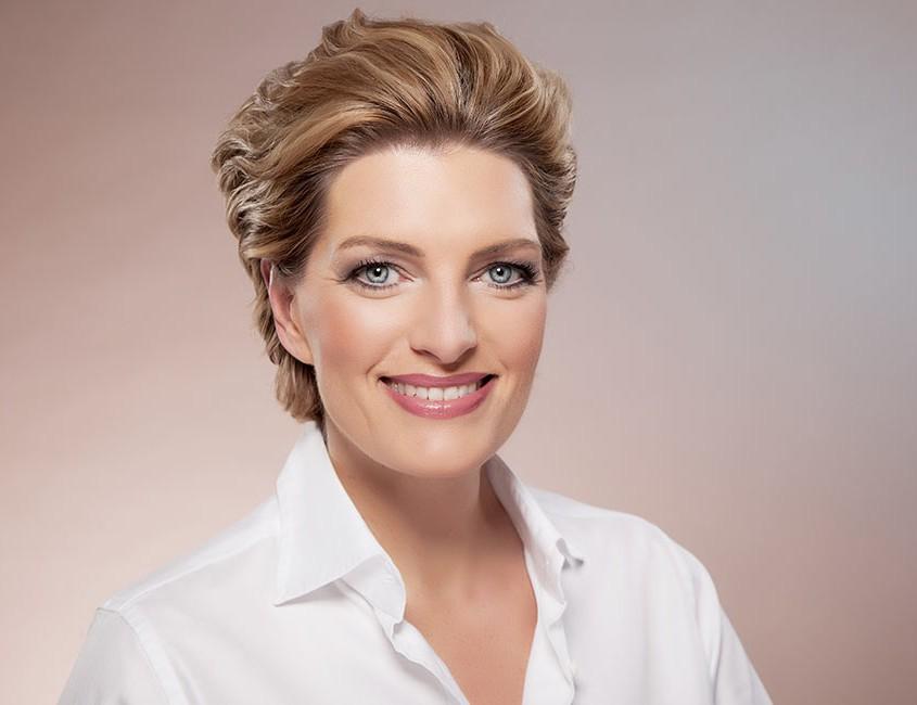 Qvc Moderator Gestorben 2018: Beauty Markenbotschafterin Bei QVC