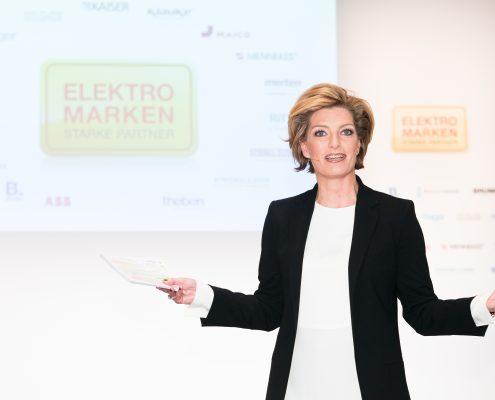 Sabine Stamm Moderatorin Award ELMAR Preisverleihung