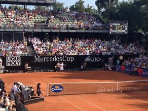 Moderatorin Sabine Stamm beim Tennis Mercedes Cup 2013