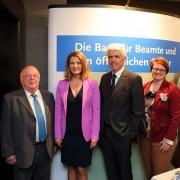 Sabine Stamm Moderatorin Kongress Fachtagung für die BBBank mit Norbert Blüm